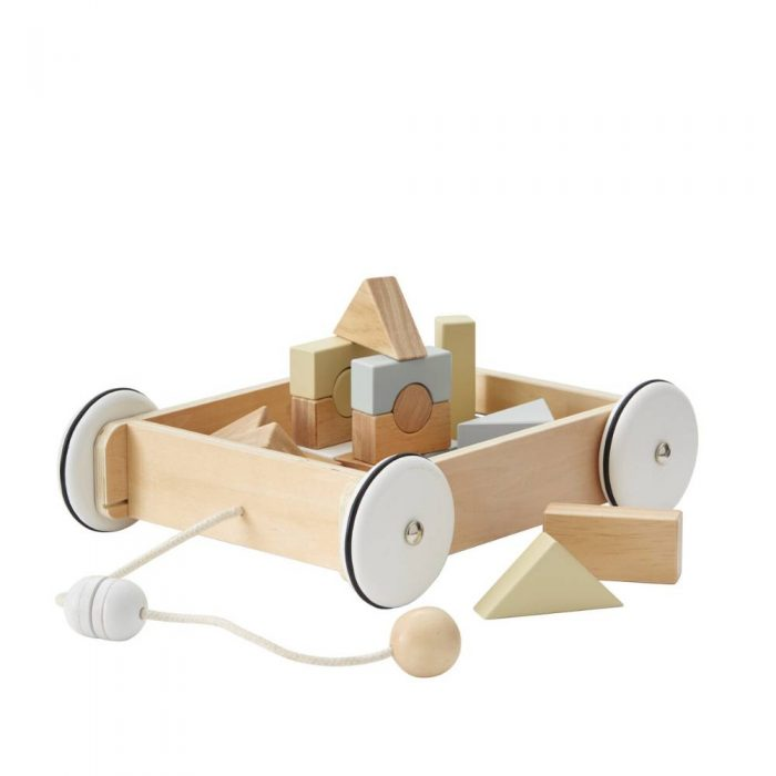 Chariot à tirer avec cubes en bois de couleur pastel de la marque Kid's Concept