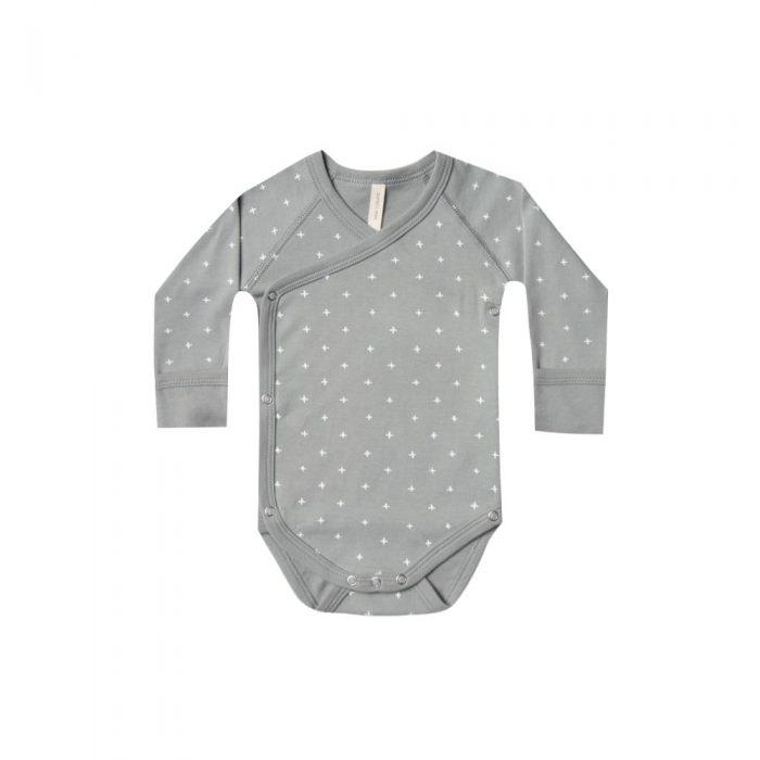 Kimono en coton biologique coloris gris avec croix blanches en coton biologique de la marque Quincy Mae