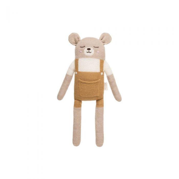 Grand doudou ours avec salopette moutarde en laine d'alpaga de la marque Main Sauvage