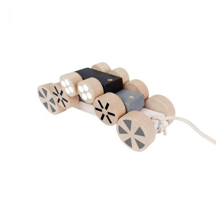 Voiture 3 en 1 en bois à tirer de la marque Plan Toys